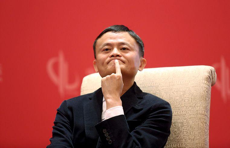 [新聞] 亞洲大老辦公室 王健林掛5億畫、馬雲刀劍隨身